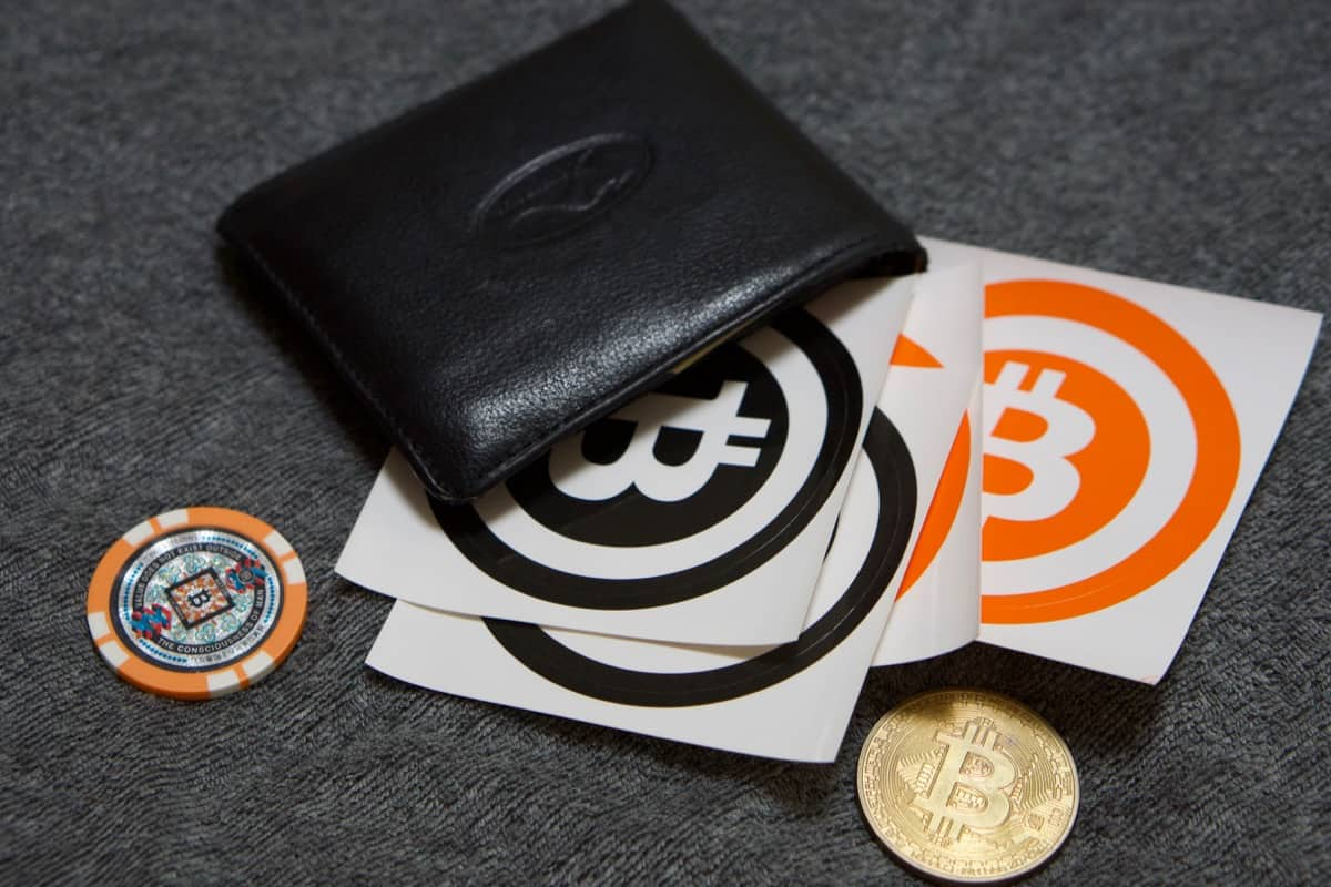 How to Compare Bitcoin Wallets and Choose the Best One for You